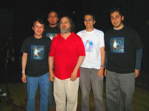 GeoTux con Stallman
